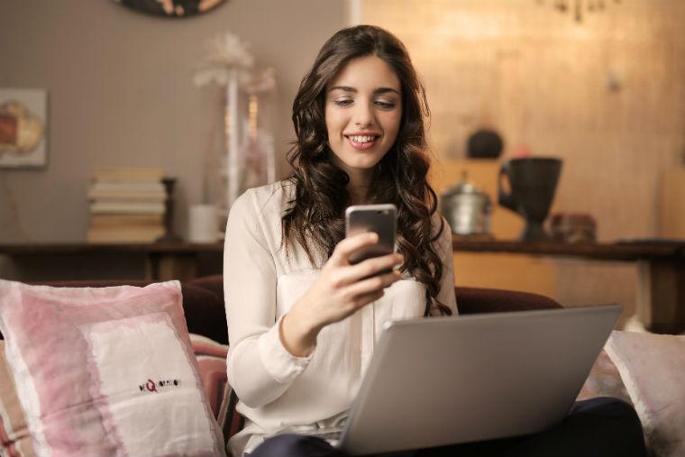 shopping online holidays
